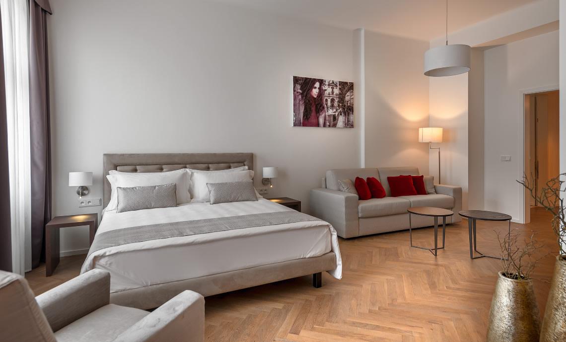 Hotel con Junior Suite a PragaJunior Suite